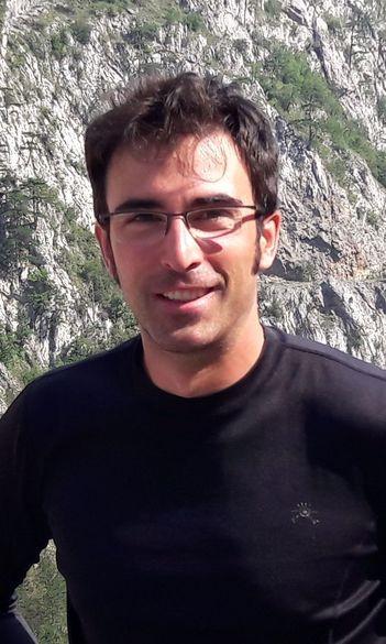 dr. Farkas Zsolt tudományos segédmunkatárs